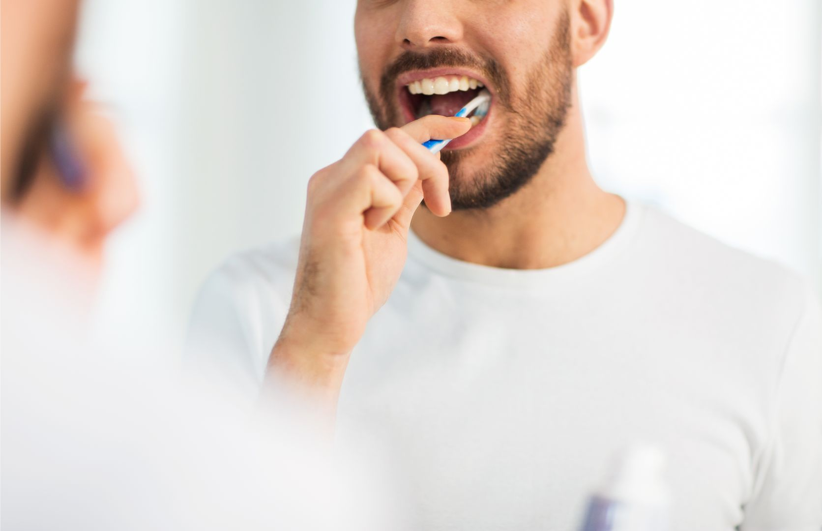 Usare lo spazzolino da denti